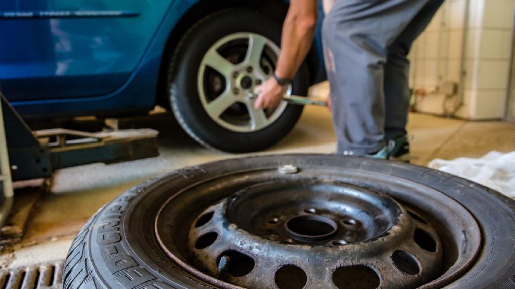 смяна на гумите