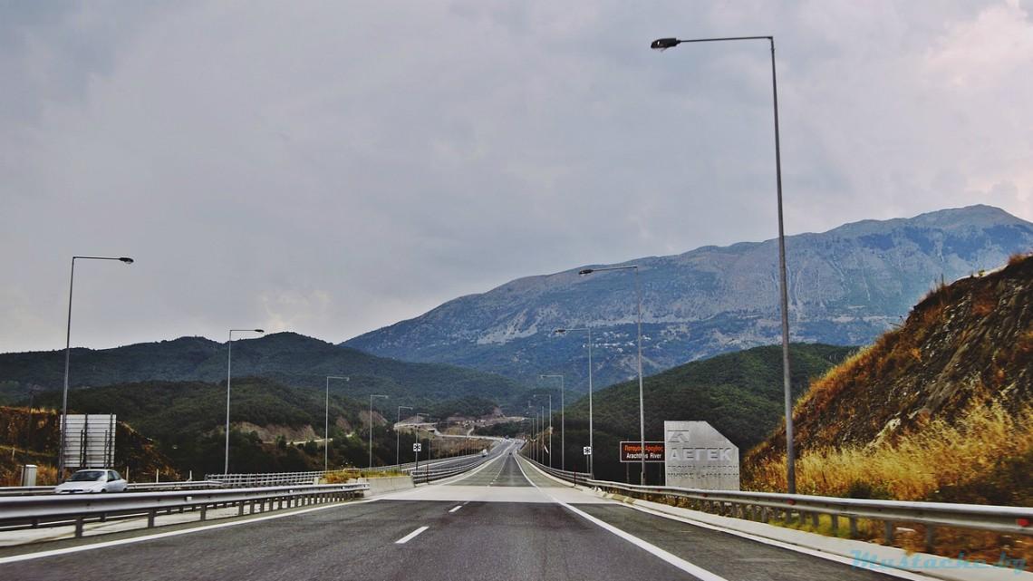 Гръцки медии: ЕК блокира увеличението на пътните такси