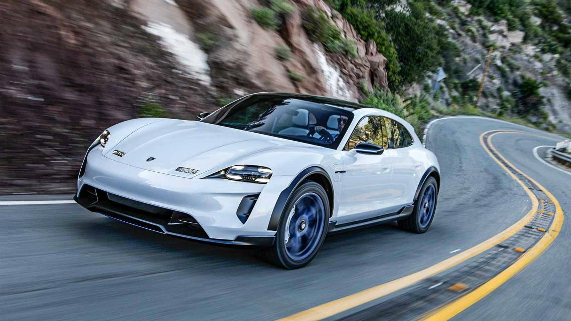 Електрическият Porsche Taycan Cross Turismo идва догодина