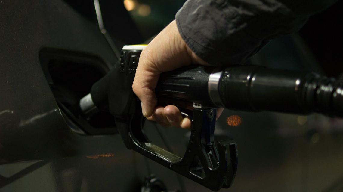 Как да разпознаем фалшивото гориво и до какво може да доведе то?