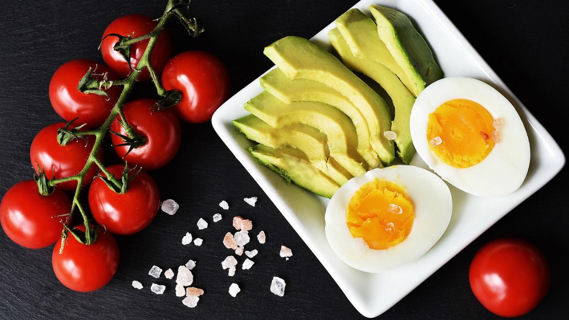 Кето диета: Можем ли да отслабнем, като ядем много мазнини?
