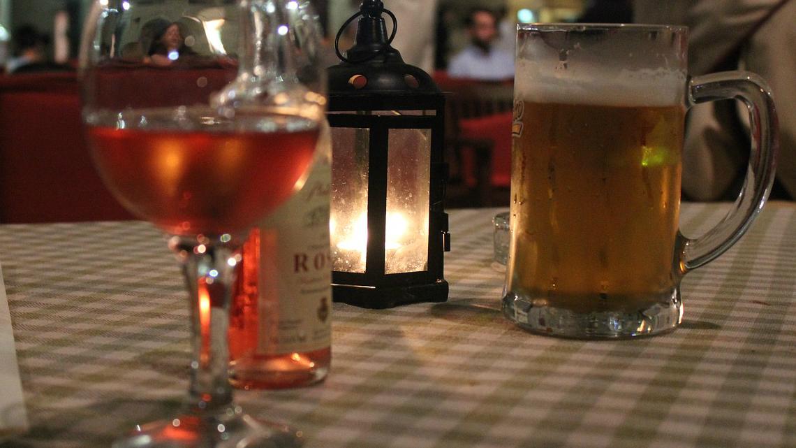 Чаша вино или халба бира гонят депресията