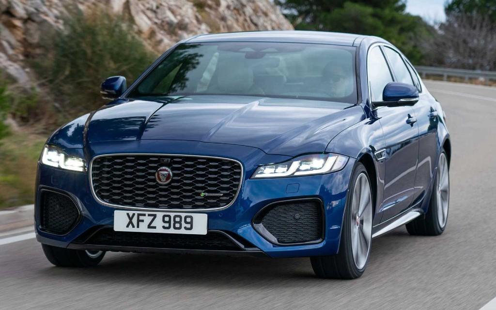 Jaguar представи обновения XF