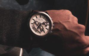 Как да определим правилния размер при покупка на часовник?