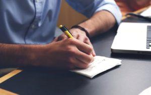Защо писането на ръка е полезно за мозъка?