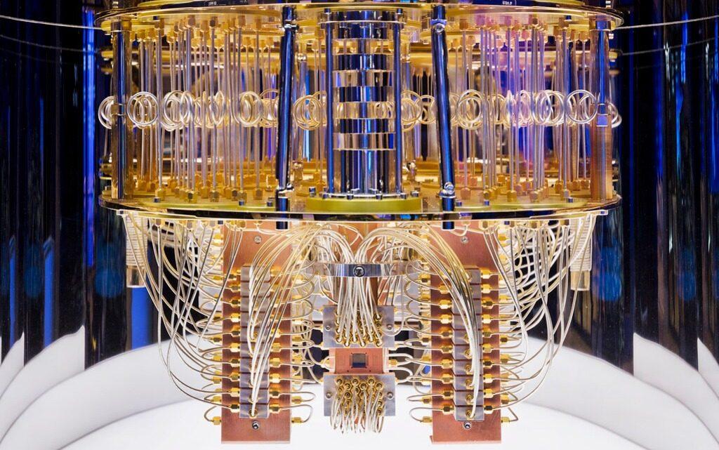 """Квантов компютър създаде """"невъзможен модел"""" на Вселената"""