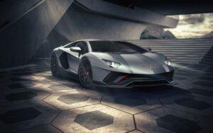 Lamborghini се сбогува с Aventador